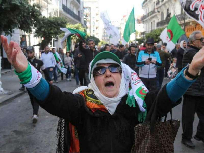 Algerians Protest the Sentencing of Walid Kechida