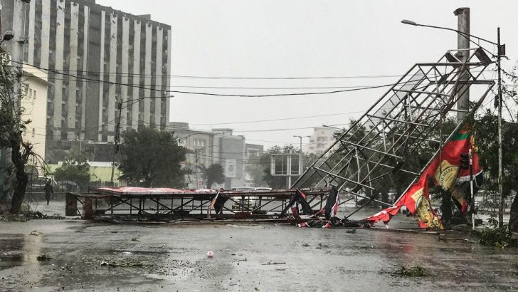 Power Lines Down - Photo Vatican News