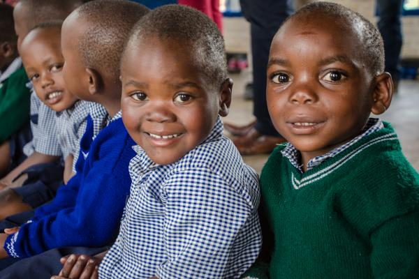 Young puils in class in Rwanda - Photo UNICEF