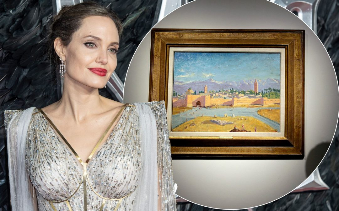 Angelina Jolie poses near Churchill painting - Photo Page Six
