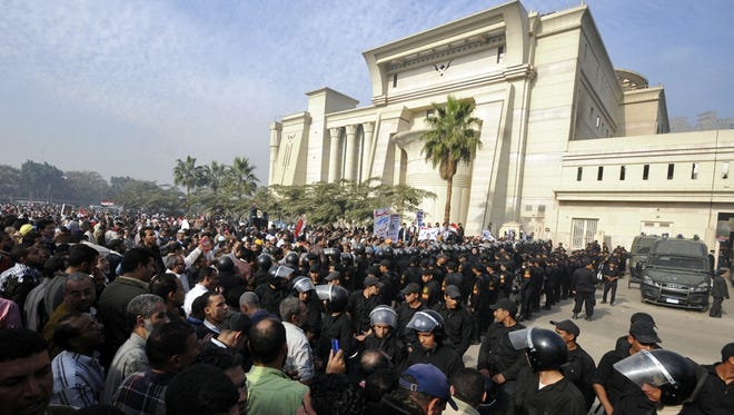 Crowds Outside Egypt's Supreme Constitutional Court - Photo USA Today