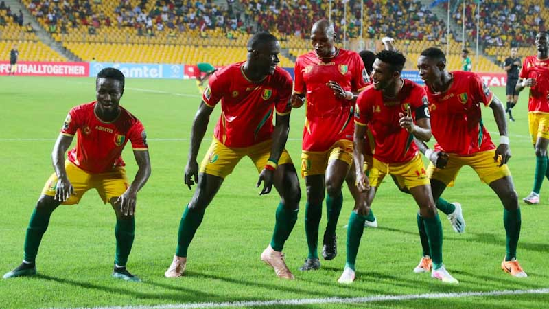 Guinean Players Celebrate Third-Placed Finish - Photo Footy-Ghana.com
