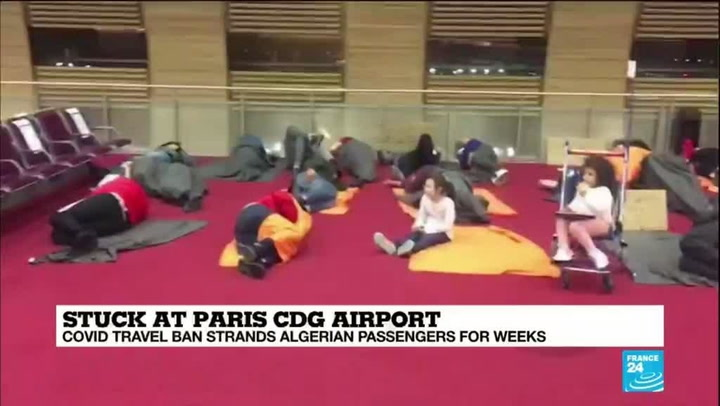 Algeians Stuck at CDG Airport - Photo News Chain