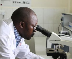 Strengthening South Sudanese Labs - Photo Amref Health Africa