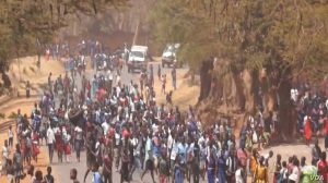 Students Block Streets in Lilongwe - Photo Voice of America