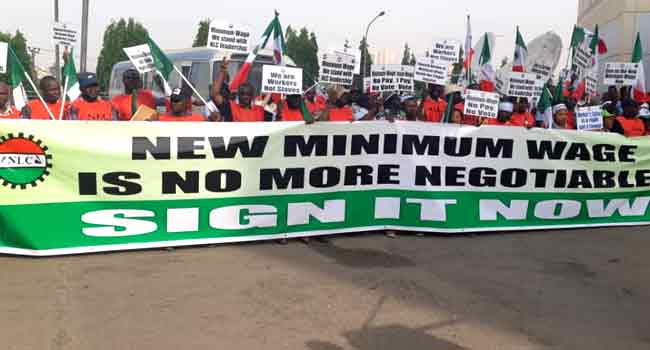 Union Leaders Call on MPs to Ratify Minimum Wage - Photo Apanews.net