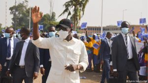 Benin's Patrice Talon Arrives to Vote Sunday - Photo Deutsche Welle