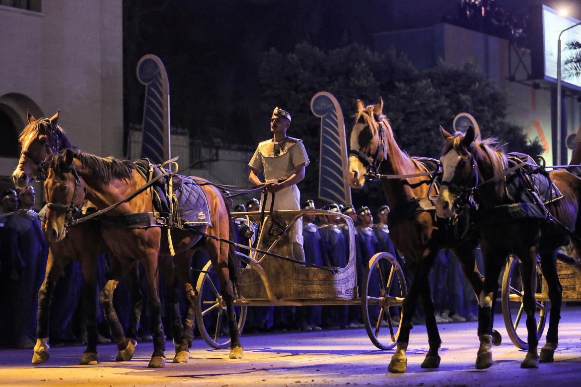 The parade of 22 ancient Egyptian royal mummies heading to the new National Museum of Egyptian Civilization - Photo Mahmoud Khaled, AFP