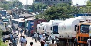 Trucks Stranded on Border with South Sudan - Photo Business Daily