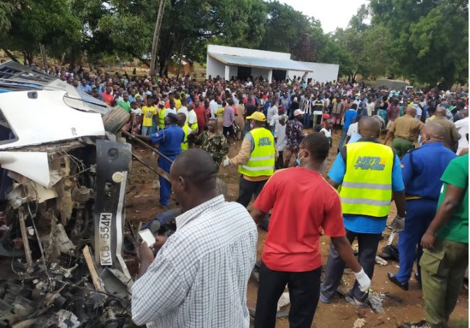 Crowds Gather at Accident Site - Photo Kenyan Report