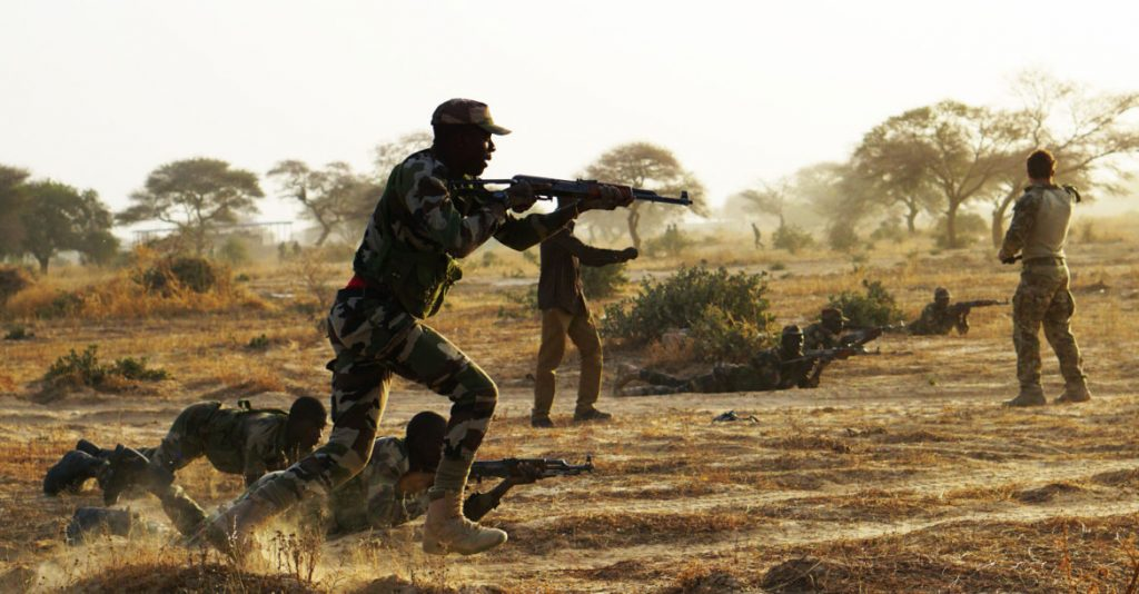 Nigerien Soldiers during Exercise Flintlock in Diffa, Niger,3 March 2017 - Spc. Zayid Ballesteros, US Army Photo