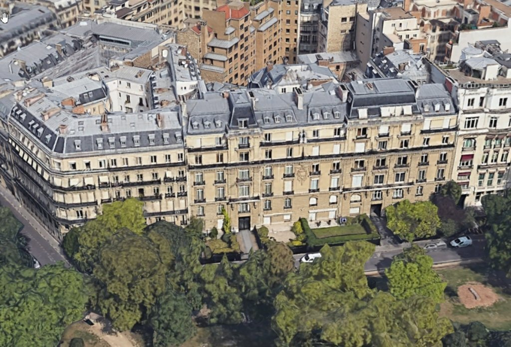The 101-Bedroom Mansion on Rue Foch with a Net Worth of $600 Million - Photo SuperYacht Fan